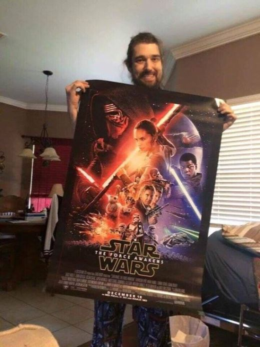 Terminally Ill Fan Gets To See Star Wars The Force Awakens Before The Release (3 pics)