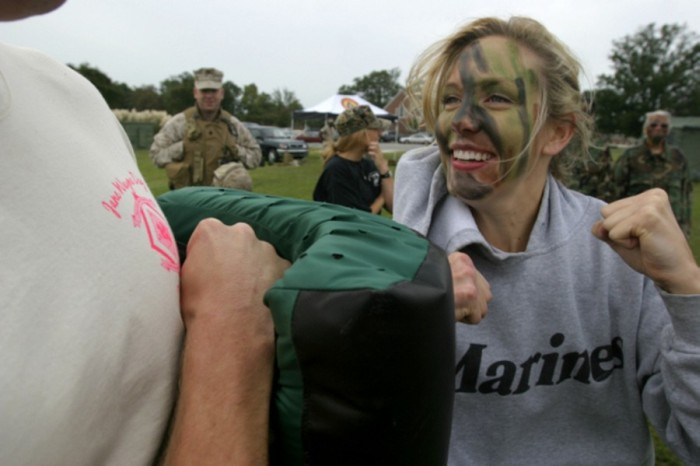 Hot Marine Wives Walk In Their Husband's Shoes On Jane Wayne Day (40 pics)