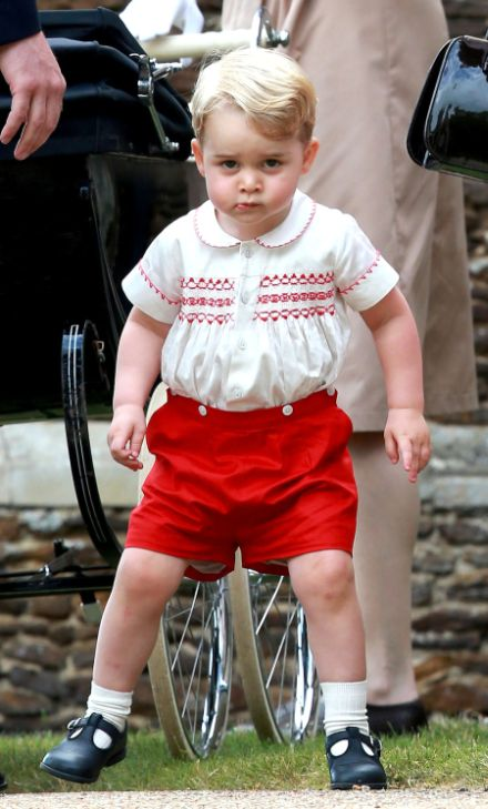British Baker Creates A Cake That Looks Exactly Like Prince George (10 pics)