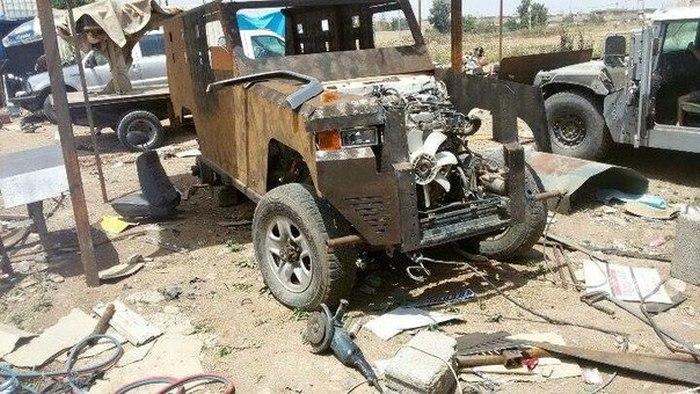 Kurdish Militia Makes Old Military Vehicle Brand New Again (8 pics)