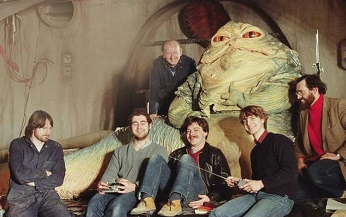 Behind The Scenes Photos Show How Jabba The Hut Was Brought To Life (3 pics)
