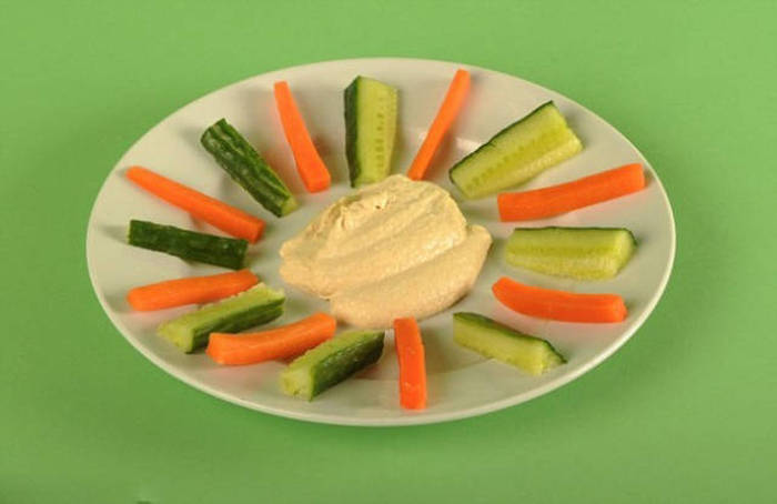 What 100 Calorie Servings Of Your Favorite Foods Actually Look Like (38 pics)