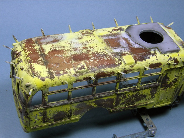 What A Zombie Bus Looks Like When It's Done Right (57 pics)