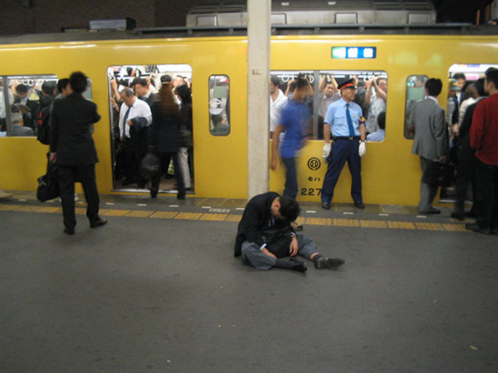 Getting Drunk Is Part Of The Job In Japan (20 pics)
