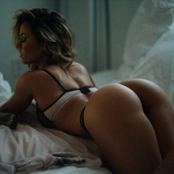 Beautiful Bums That Will Put A Smile On Your Face (41 pics)