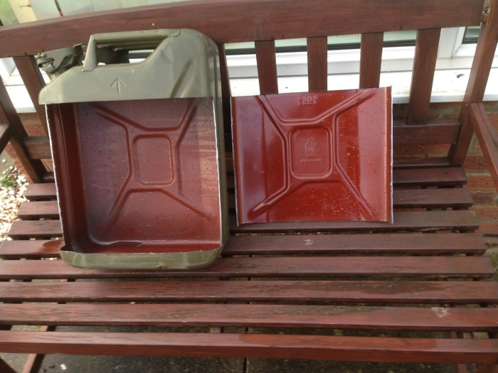 Smart Guy Turns A Jerry Can Into A Mini Bar (10 pics)