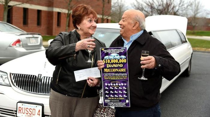 Lucky Boston Woman Wins $1 Million Dollars For The Second Time (2 pics)