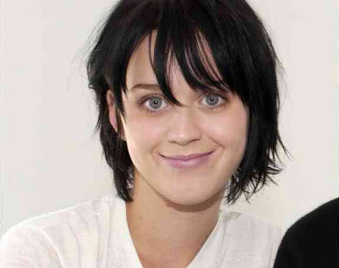 Photographic Proof That Katy Perry Still Looks Hot Without Makeup (8 pics)