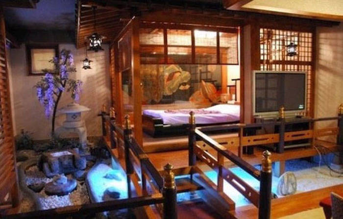 Japanese Fetish Rooms That You Can Rent By The Hour (29 pics)