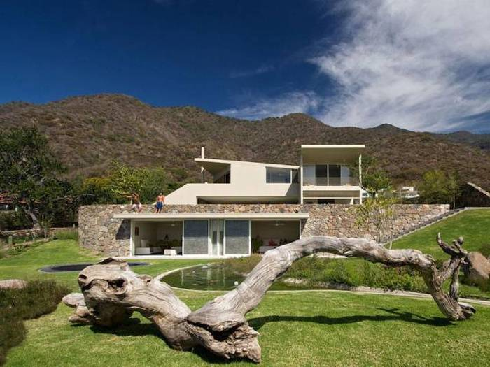 A Look At The Inside And Outside Of Houses We Would All Love To Own (72 pics)