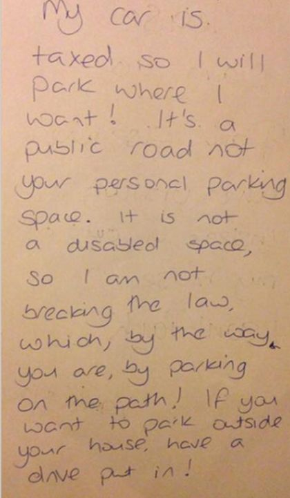 Woman Leaves Sassy Response To Note Left On Her Car (2 pics)