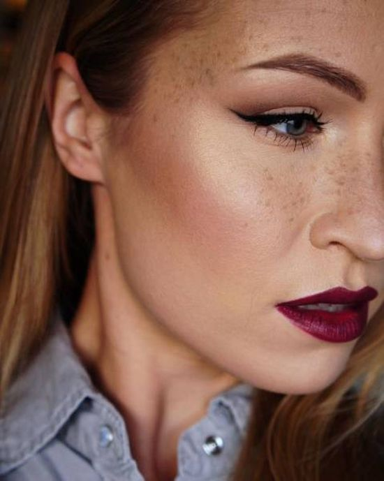 This Girl Has Made It Her Mission To Turn Freckles Into A Fashion Trend -8088
