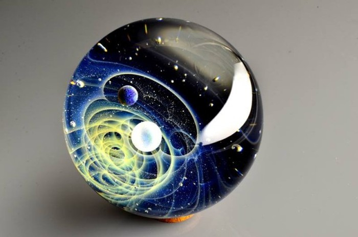 Space Glass Is Quite Possibly The Coolest Thing Ever (10 pics + video)