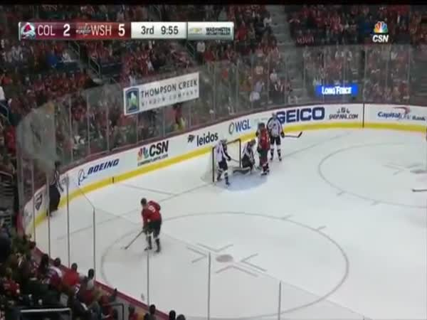 Orlov Wacky Goal After Everyone Loses Track Of The Puck