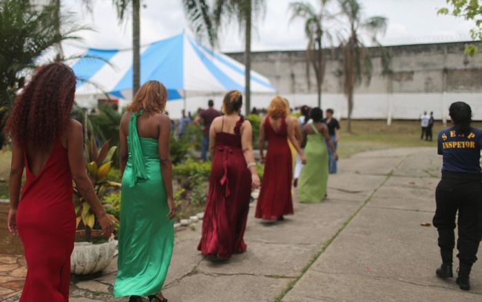 Inmates In Rio Compete For The Title Of Miss Criminal 2015 (15 pics)