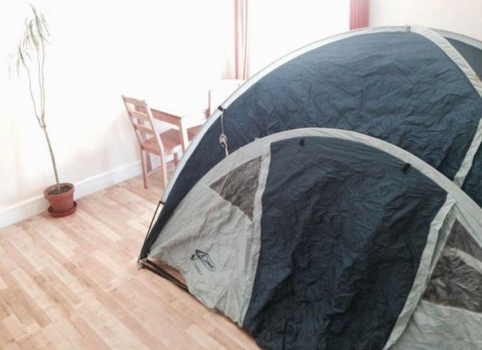 You Can Now Rent A Furnished Tent In London For Under £650 A Month (4 pics)