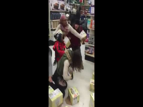 Lady Steals From Kid On Black Friday 2015