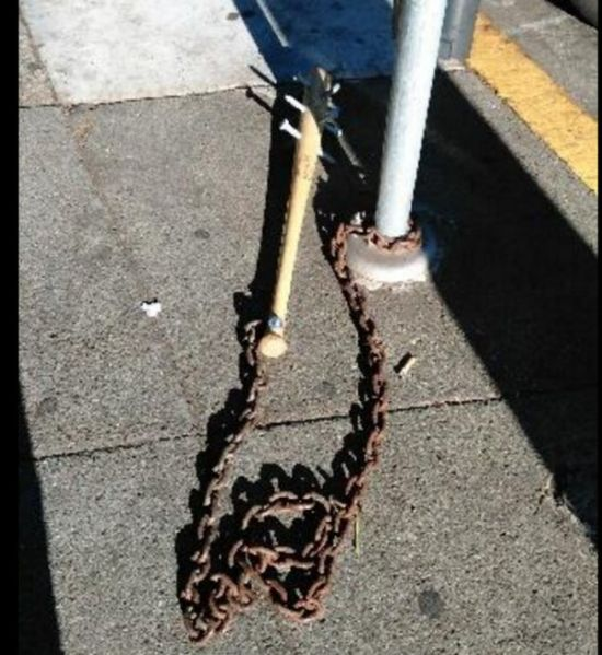 Police Discover Spiked Baseball Bats Chained Up In San Francisco (3 pics)