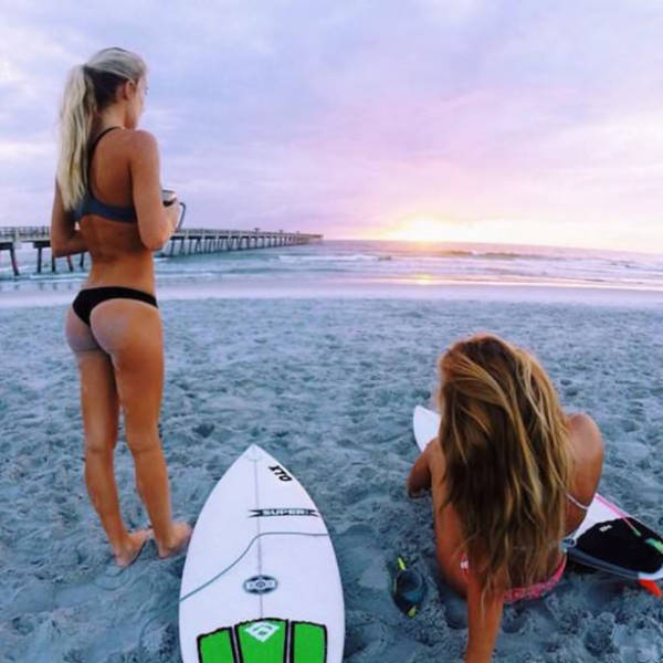 Sexy Surfer Girls That Prove Summer Is The Best Season (49 pics)