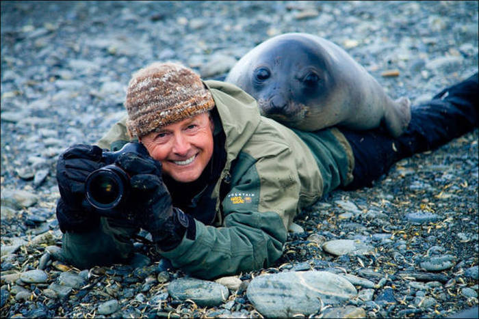 Wildlife Photographers Have A Lot Of Fun On The Job (28 pics)