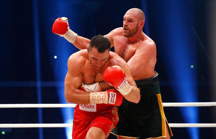 Tyson Fury Beats Wladimir Kiltschko To Win The World Heavyweight Title (6 pics)