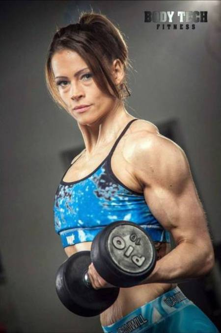 Woman Makes A Miraculous Transformation After Becoming A Bodybuilder (15 pics)