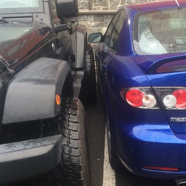 These People Are Really Terrible At Parking (6 pics)