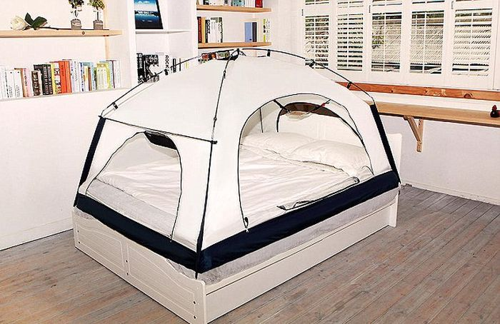 Putting A Tent Over Your Bed Could Keep You Warm At Night (5 pics)
