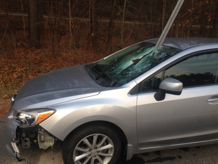 This Driver Is Lucky They're Still Alive (3 pics)