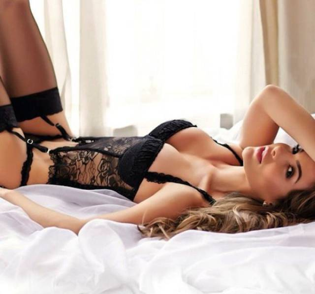Hot Women In Lingerie That Will Drive You Wild (59 pics)