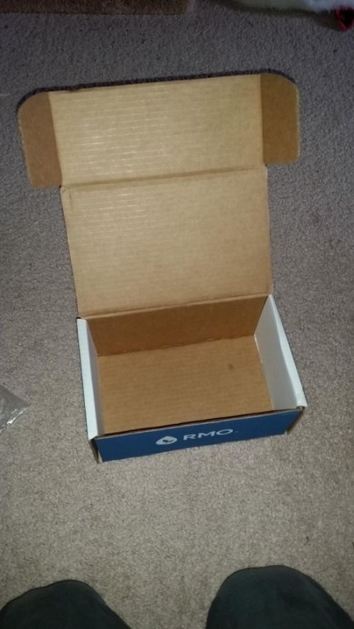 Man Gets Revenge On Person Who's Been Stealing His Packages (6 pics)