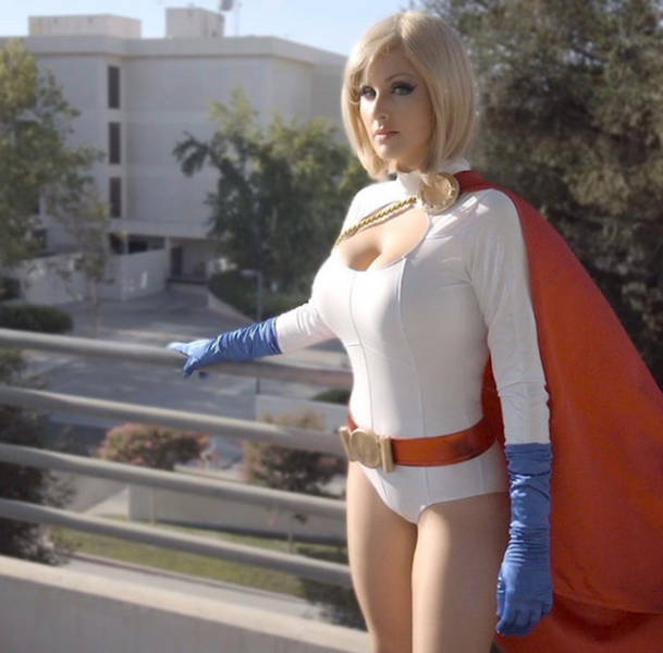 Screen Team's Angie Griffin Is The Hottest Cosplayer On The Scene (35 pics)