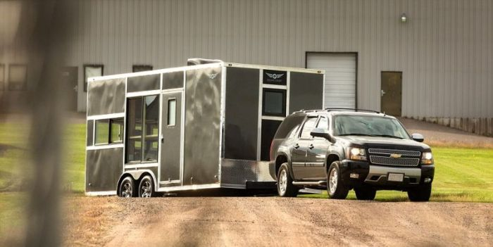 For $40,000 You Can Have The Ultimate Mobile Man Cave (10 pics)