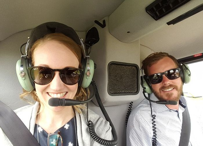 Australian Man Surprises Girlfriend With A Helicopter Ride And Marriage Proposal (4 pics)