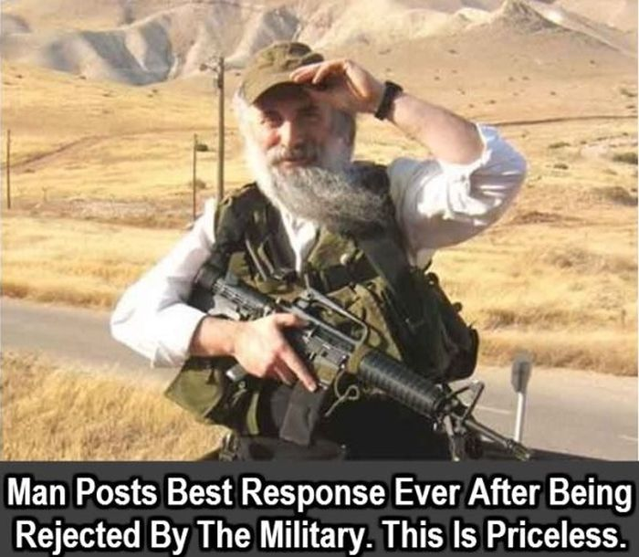 Man Has An Awesome Response After He's Rejected By The Military (6 pics)
