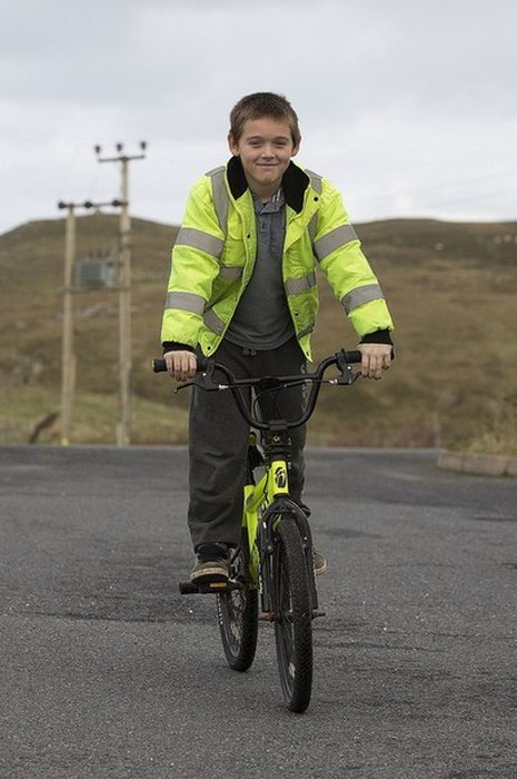 This Scottish Boy Is The Only Kid At His School (13 pics)