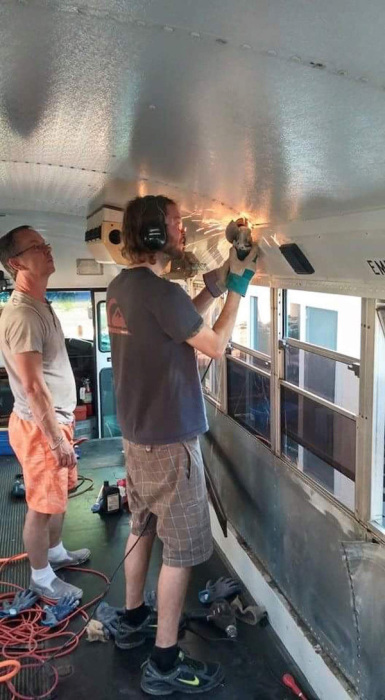 A Few Friends Turned This Old Bus Into A Bachelor Pad On Wheels (16 pics)