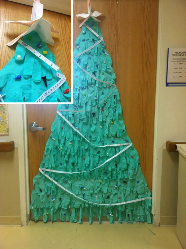 These Hospital Workers Came Up With Some Very Creative Christmas Decorations (20 pics)