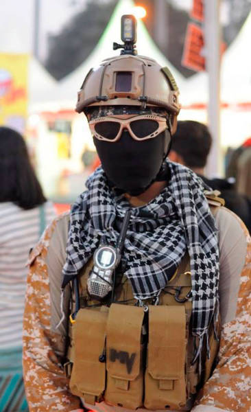 Awesome Photos From Inside The 2015 Delhi Comic Con In India (34 pics)