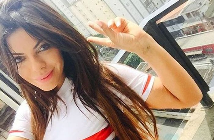 Miss BumBum Winner Suzy Cortez Makes Good On Her Promise To Bare It All (4 pics)