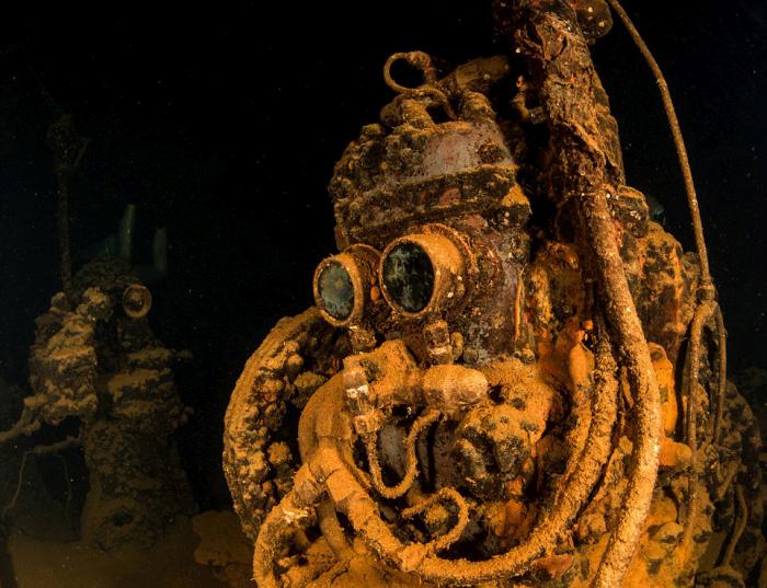 Take A Journey Through Japan's Underwater Graveyard (18 pics)