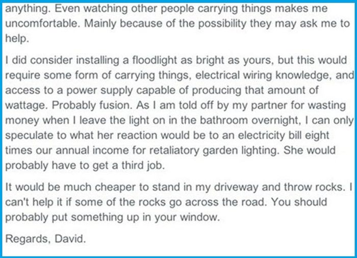 These Neighbors Can't Stop Fighting Over A Flood Light (12 pics)