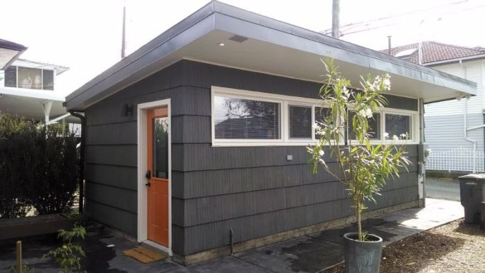You'll Be Amazed When You See What This Man Did To His Garage (18 pics)