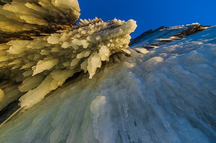 Lake Baikal Is Beautiful This Time Of Year (35 pics)