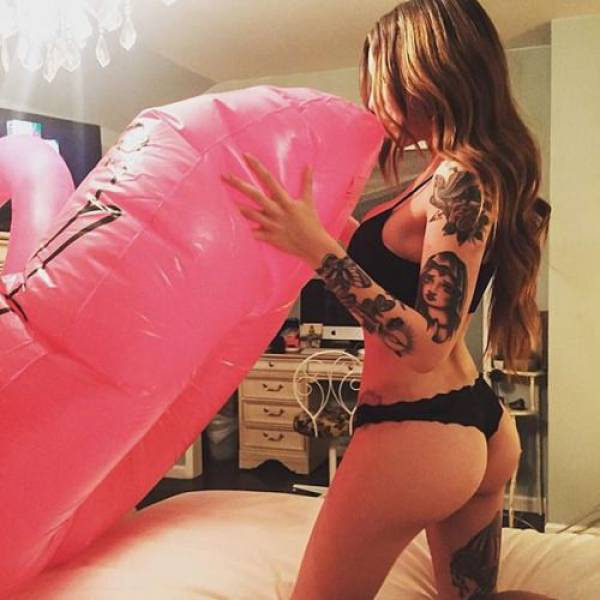 Nothing Is Sexier Than A Girl That Covers Herself In Tattoos (56 pics)