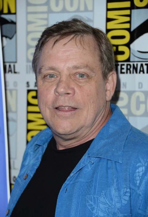 You're Going To Be Shocked When You See How Much Weight Mark Hamill Has Lost (4 pics)