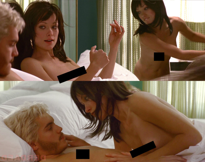 Famous Celebrities That Bared It All On The Big Screen (24 pics)