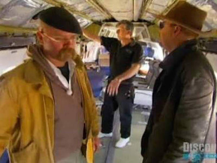 The Truth Is Revealed When Mythbusters Bust Some Of History's Greatest Myths (14 pics)