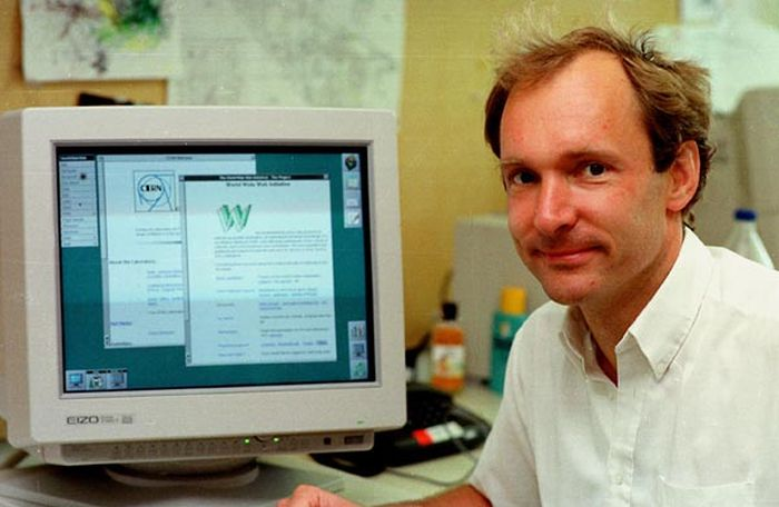 It's Been 25 Years Since The First Website Went Online (2 pics)