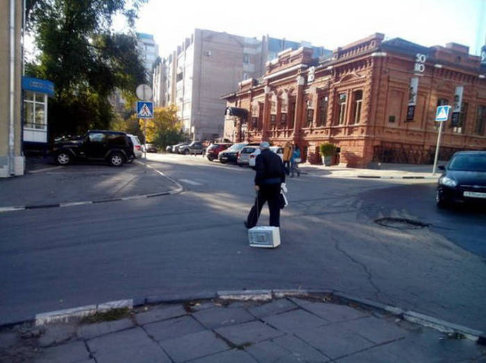 Welcome To Russia Where Everything Is Over The Top (42 pics)